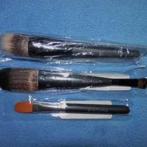 Set of 3 bareMinerals Brushes/Brand New & Sealed